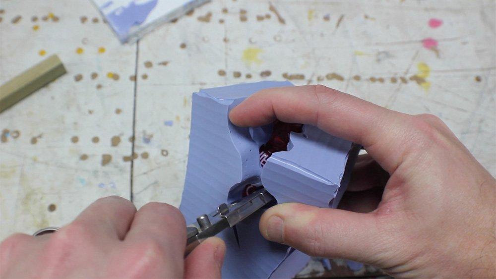 mold_making_13_cut_mold