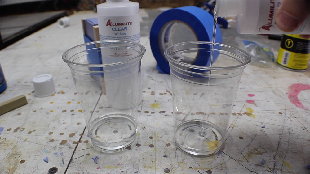 mold_making_18_mix_urethane_resin