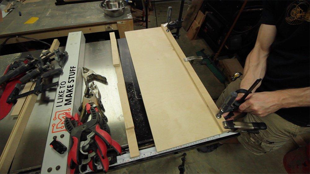 glue on plywood border