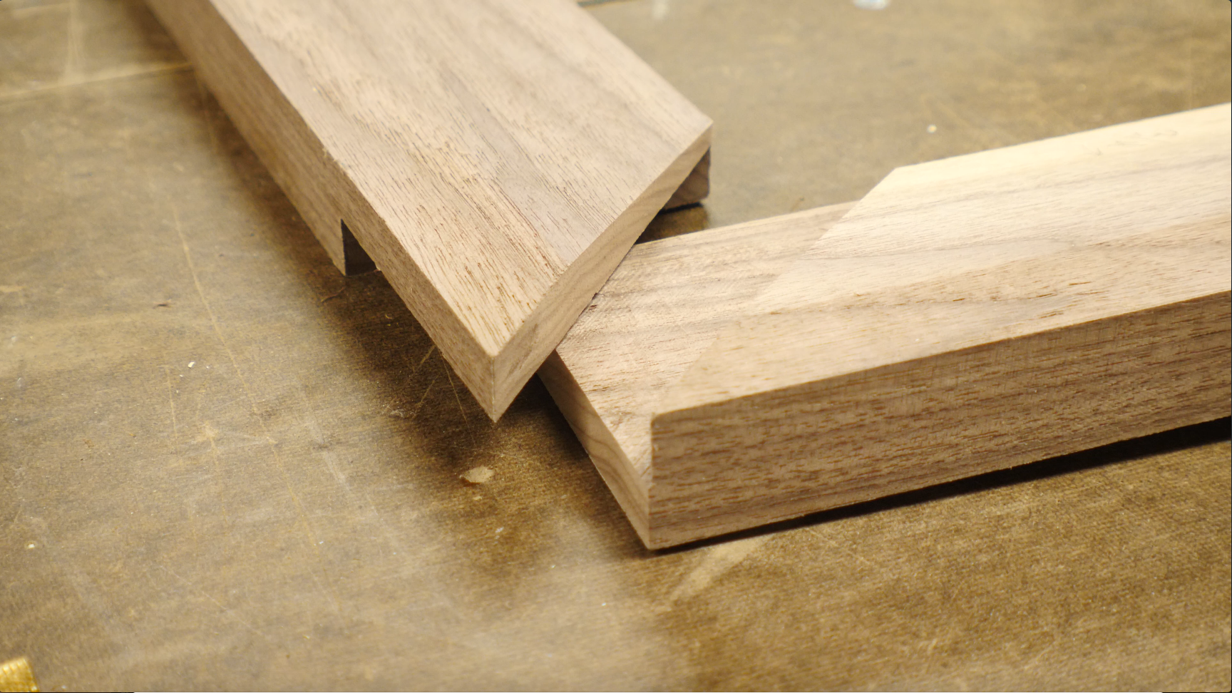 how to make a picture frame / miter joints half lap joints