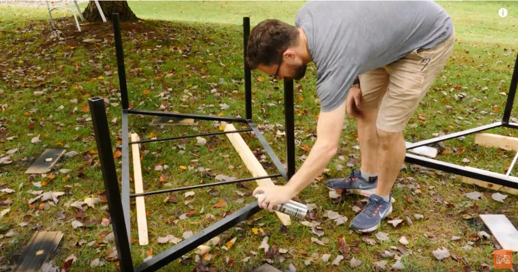 make_a_modular_outdoor_table